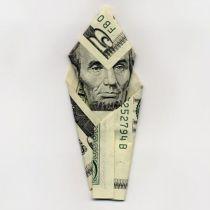 Seni Lipat Uang yang Lucu