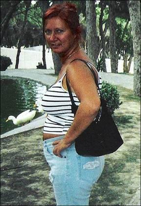 Wanita 50 Tahun Operasi Agar Mirip Putrinya